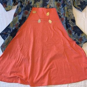 🌈☀️ 3/$20 SALE! 🌼🦋 LULAROE AZURE S Skirt Coral